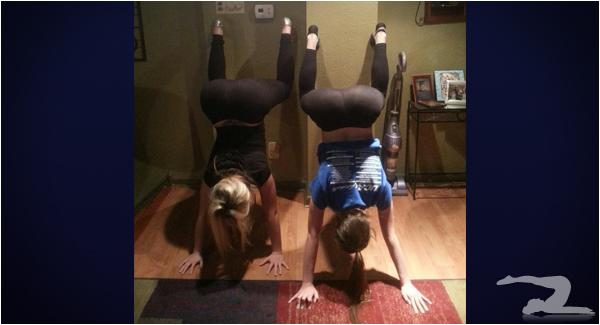 hand-stand-in-yoga-pants