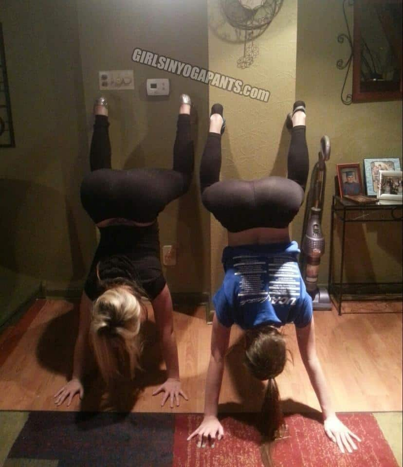 hand-stand-in-yoga-pants1