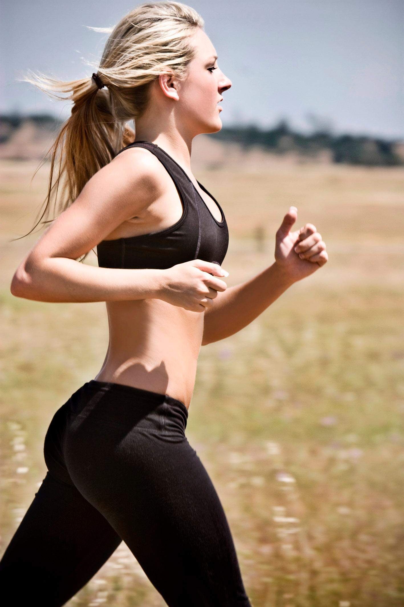 running-in-yoga-pants1