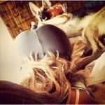 dogs-and-girls-in-yoga-pants