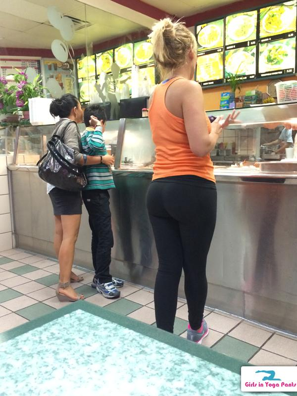 creep-shot-chinese-food-1