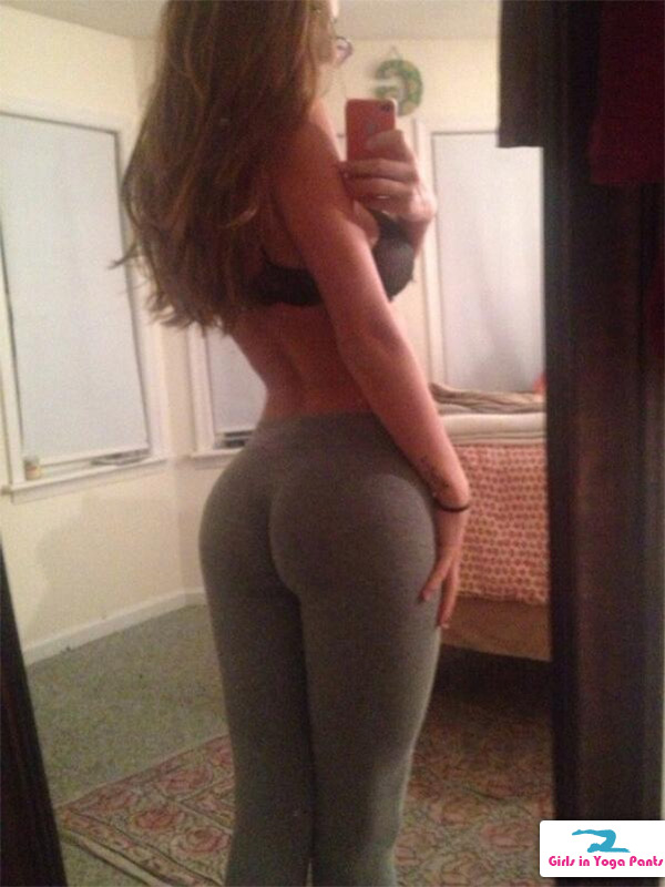 nude trannies in yoga pants