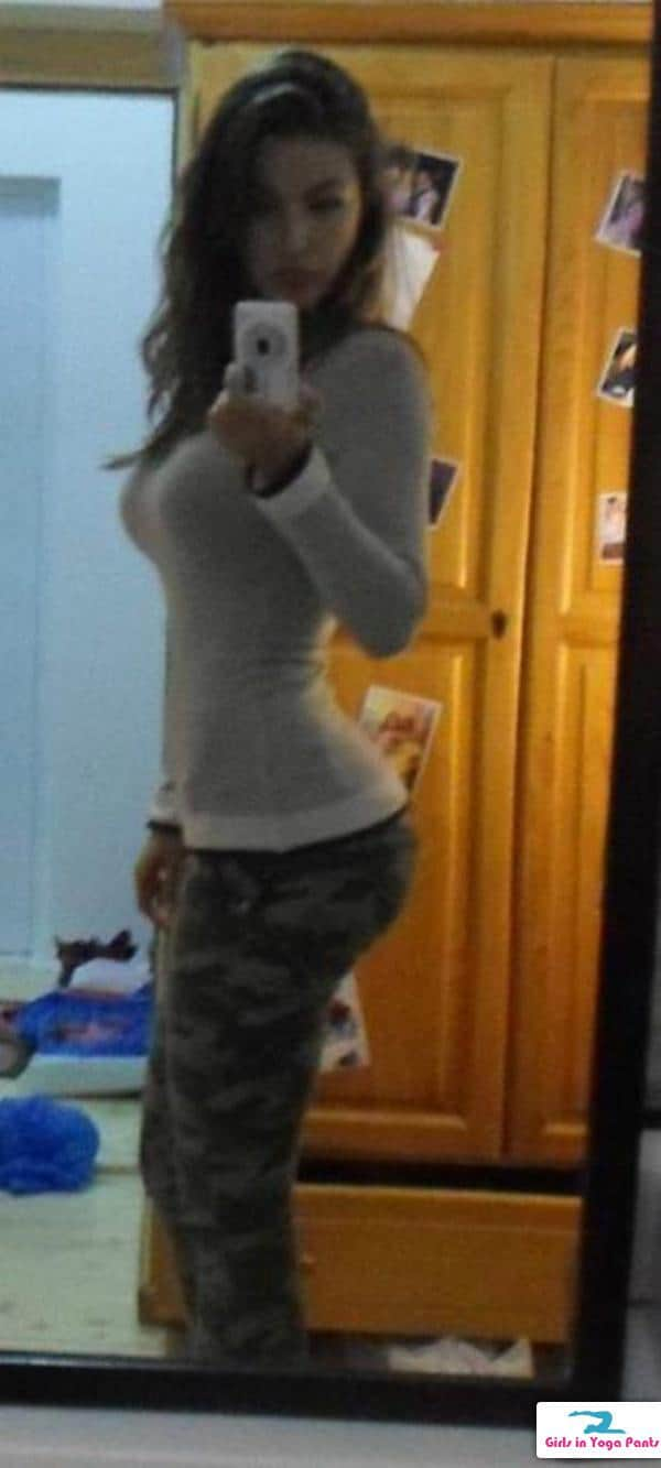 Start Your Week Right With Yoga Pants 13 Pics  1 Gif -6565