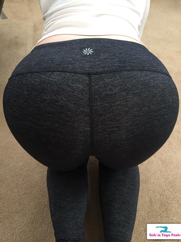 Anonymous Girl Bent Over Doggystyle  Hot Girls In Yoga Pants  Best Booty Leggings Pics-9109