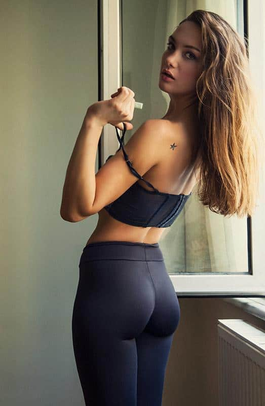 Why are yoga pants so sexy