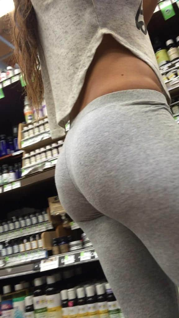7 new creep shots of a small booty Yoga Pants, Girls In