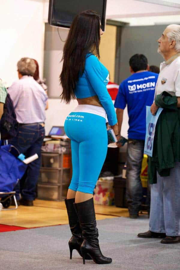 giyp-in-blue-just-standing-around-big-booty