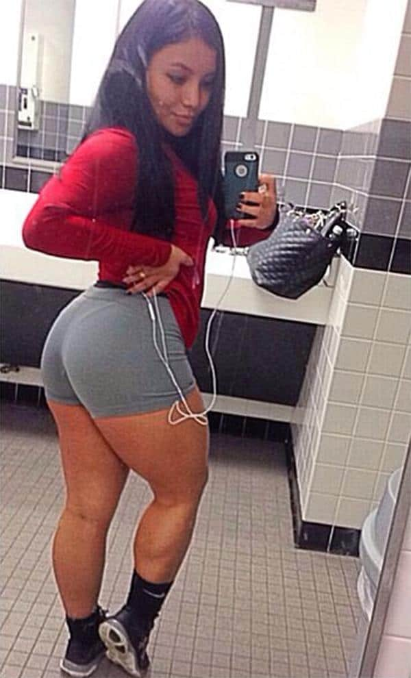 thick-girl-in-yoga-shorts