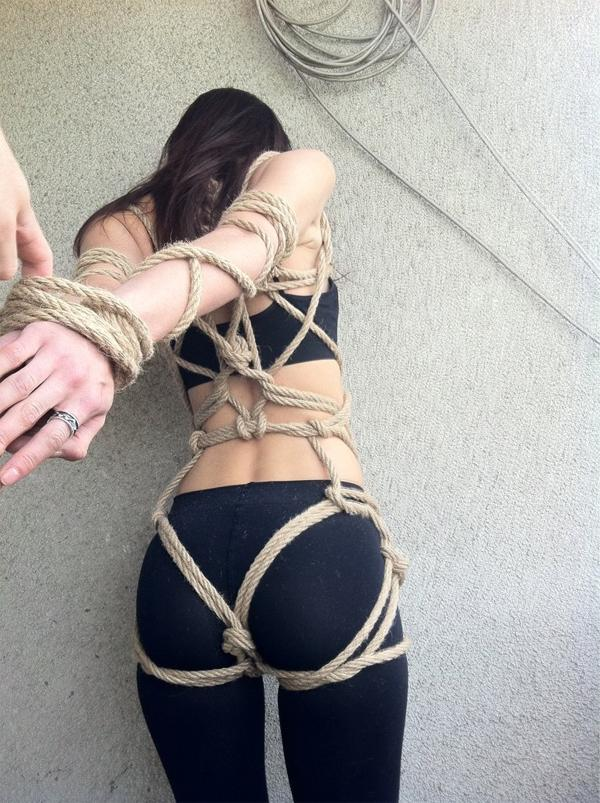 ropes-and-yoga-pants