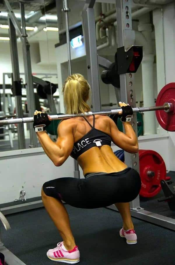 hot girls at the gym 007