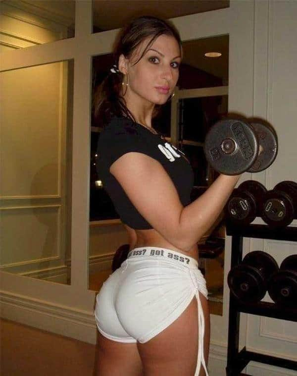 hot girls at the gym 010
