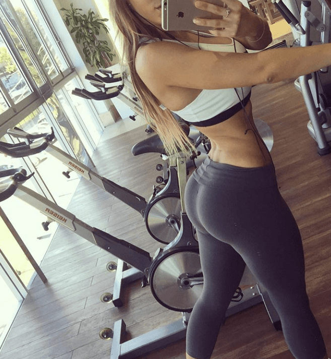showing off booty at gym