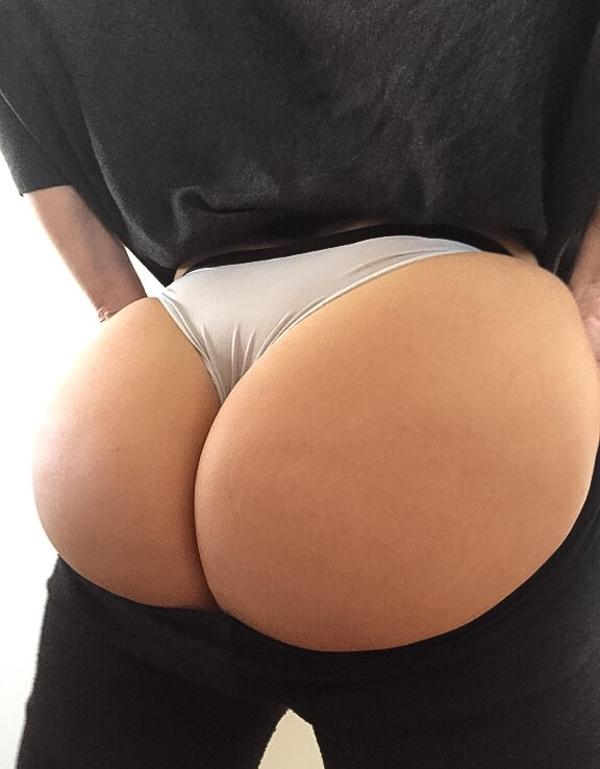 tight-squeeze-booty
