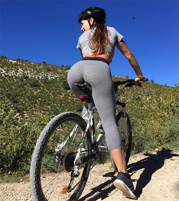 biking-in-tight-grey-yoga-pants