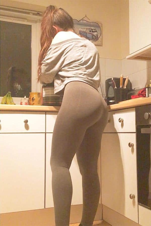 super-tight-yoga-pants-kitchen