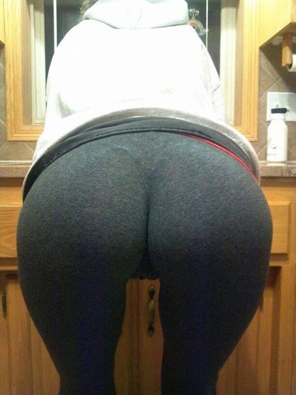 cameltoe-from-behind