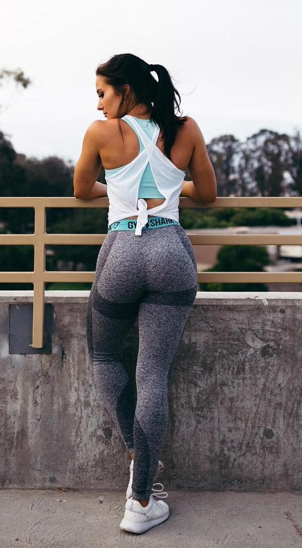 perfect-butt-going-for-jog