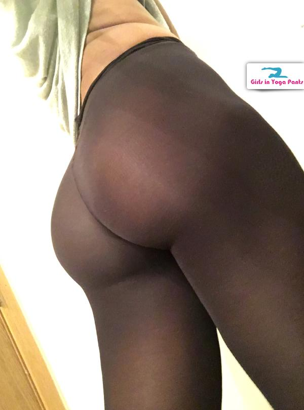 thick-ass-in-tights