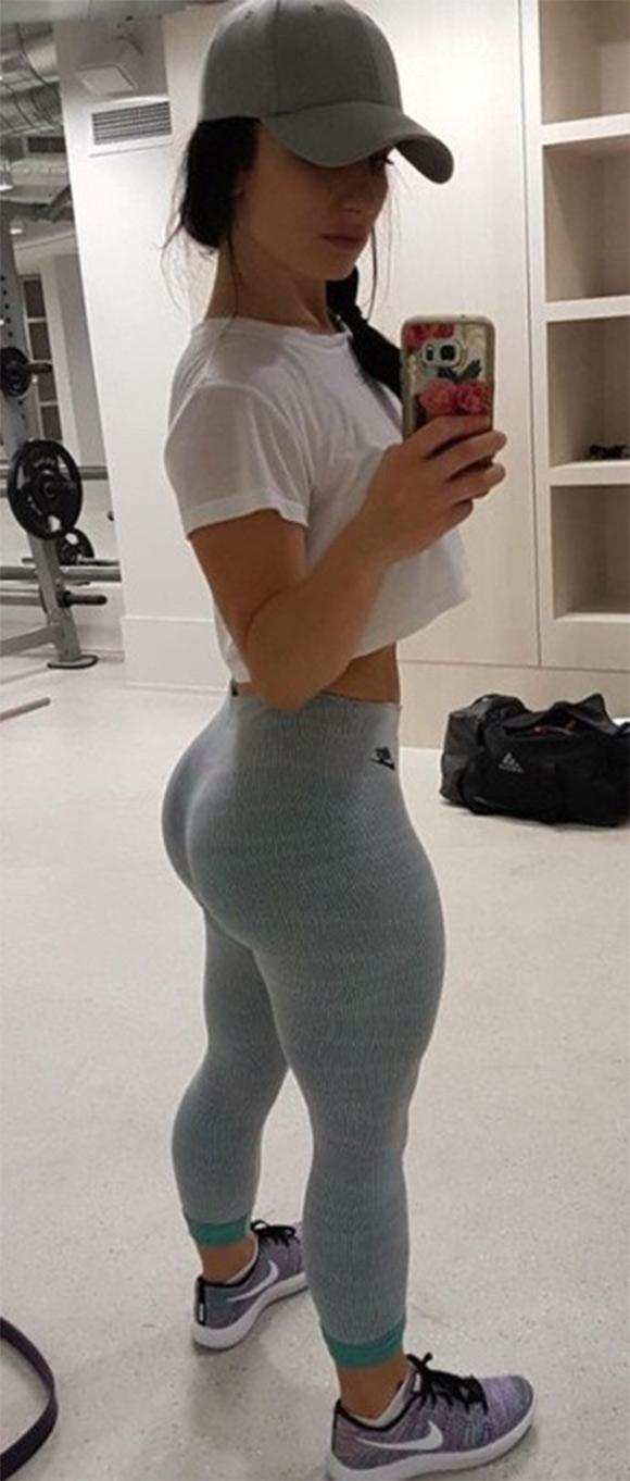 Big booty chicas