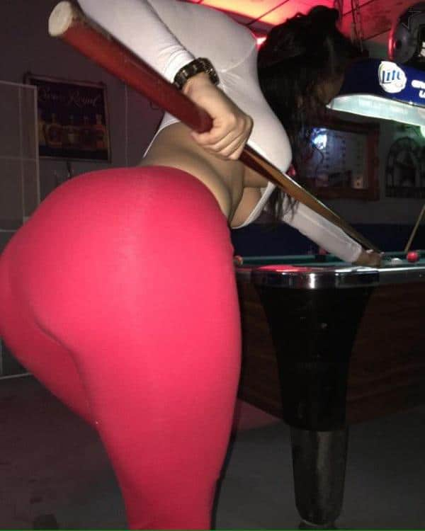 playing-pool-boobs