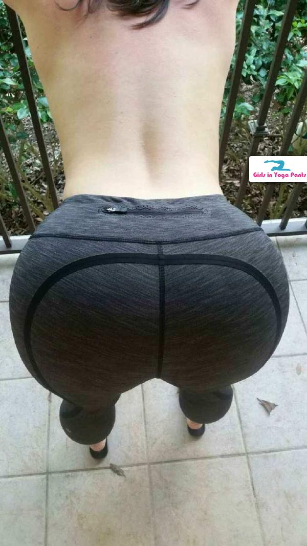 amateur-girls-in-yoga-pants-001