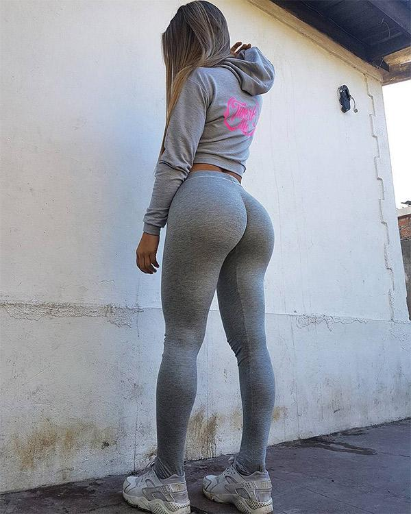 Perfect Booty In Grey Yoga Pants