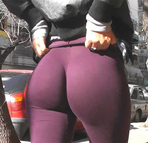 girlfriend-in-maroon-yoga-pants
