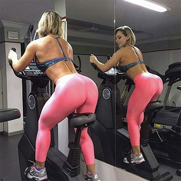pink-yoga-pants-gym-reflection_preview