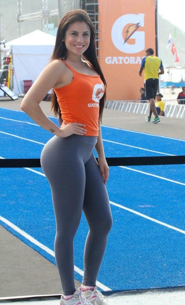 girls-in-yoga-pants-gatorade